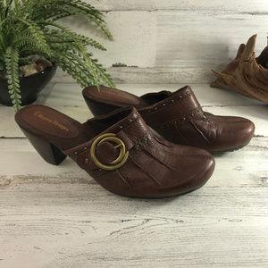 BareTraps Tinah Brown Leather Clogs 6.5M [569s3]